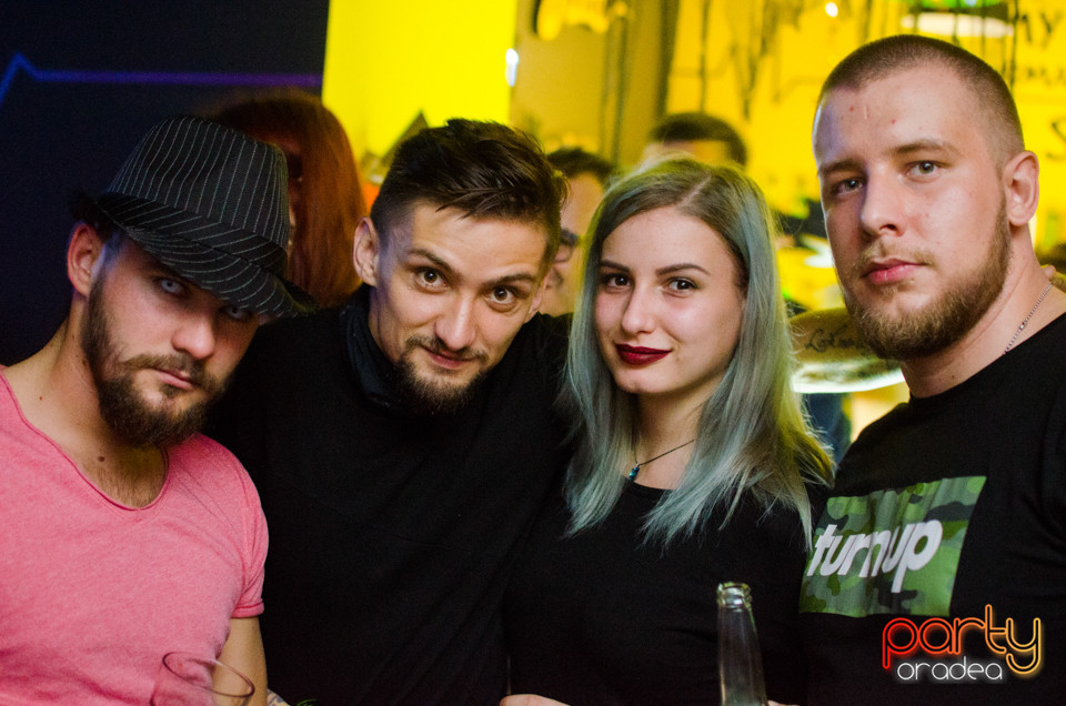 Halloween Party with Chris Lawyer, Juice