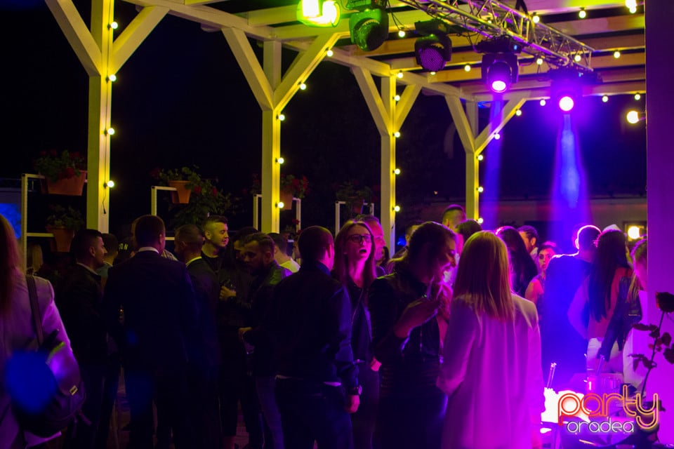 Rivo Summer Club Grand Opening, Hanul Pescarilor